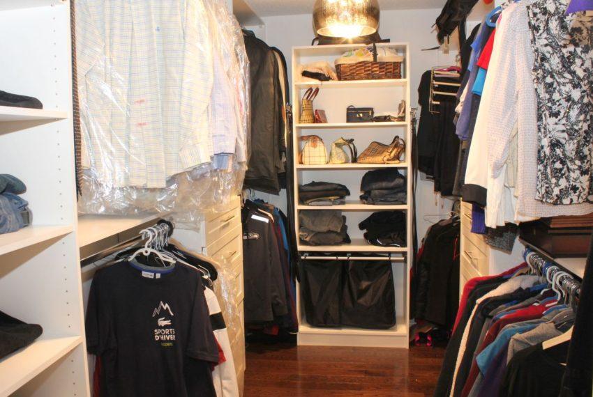 12-Master Closet