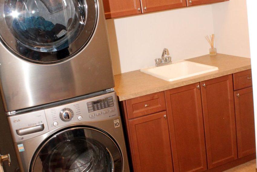 22-LaundryA